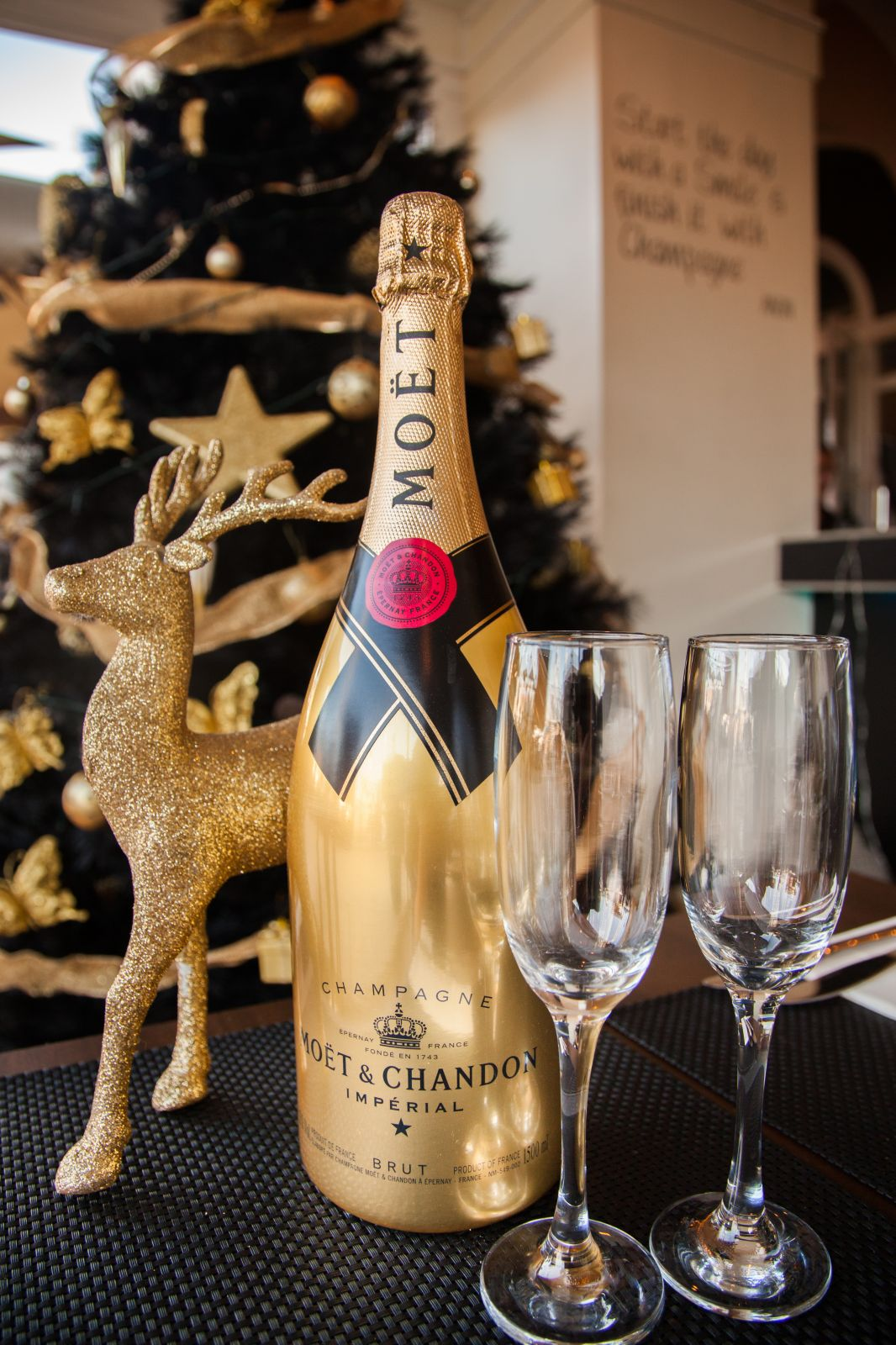 Christmas Day In France.Christmas Day Lunch Menu The Lounge Bar Lounge Gastro